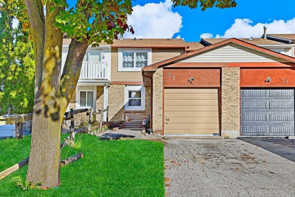 23 Red River Cres, Toronto