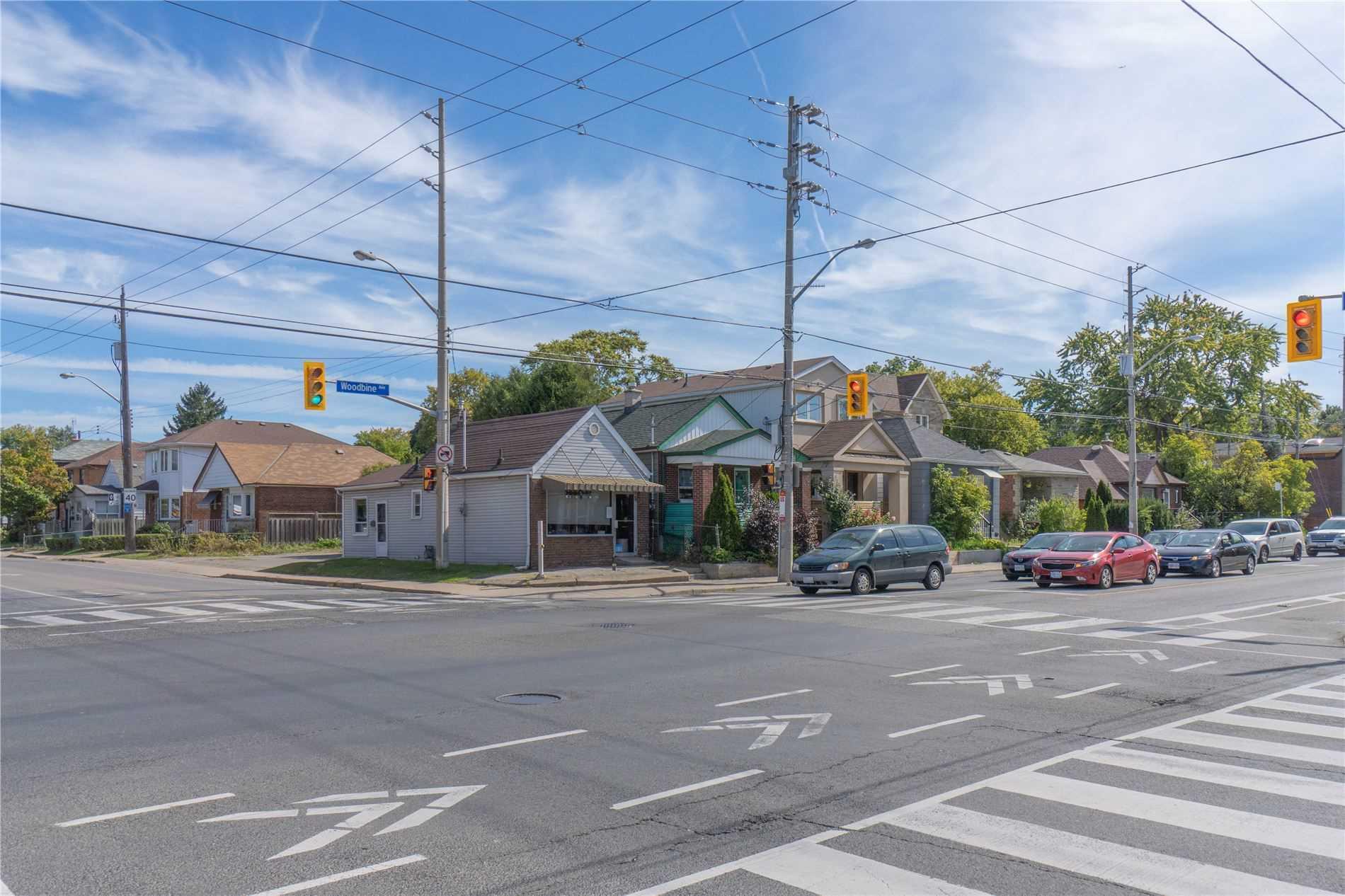 1347 Woodbine Ave, Toronto