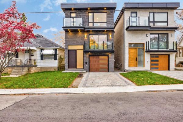 142 Westbourne Ave, Toronto
