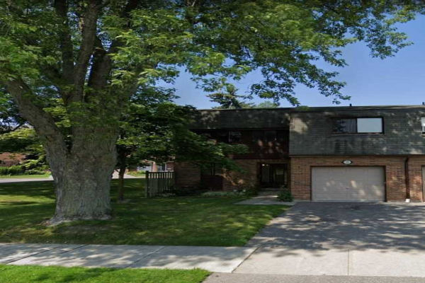 1370 Fieldlight Blvd, Pickering