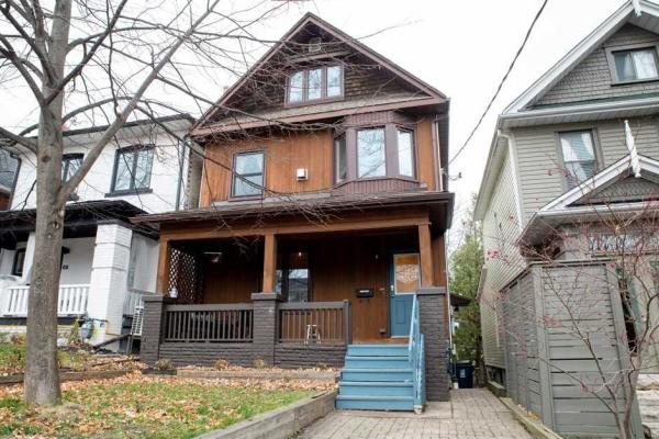 325 Kenilworth Ave, Toronto