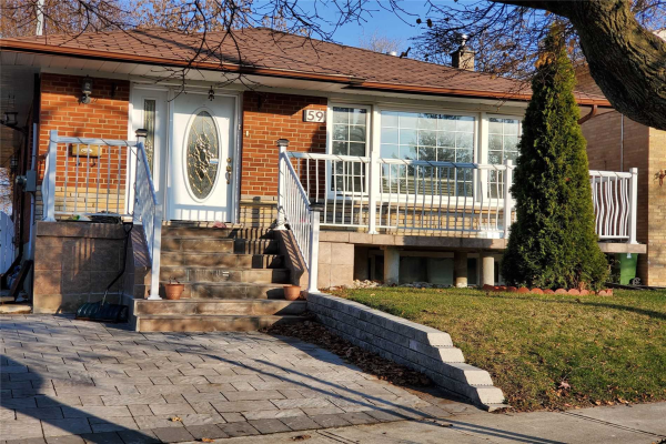 59 Grassington Cres, Toronto