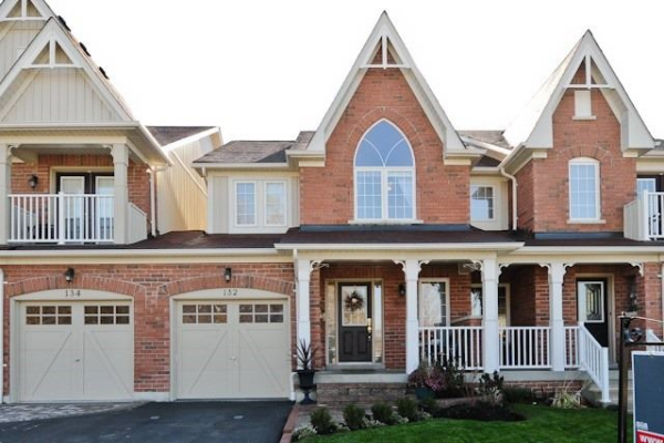 132 Shrewsbury Dr, Whitby