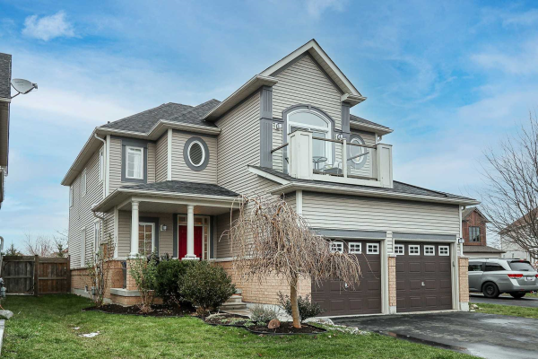 35 Seclusion Crt, Whitby