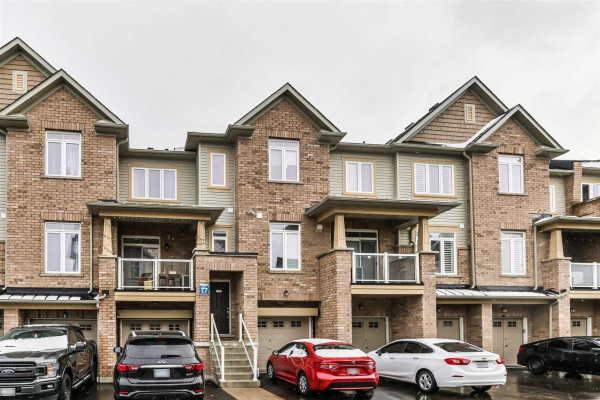 1723 Huckleberry Crossing, Pickering