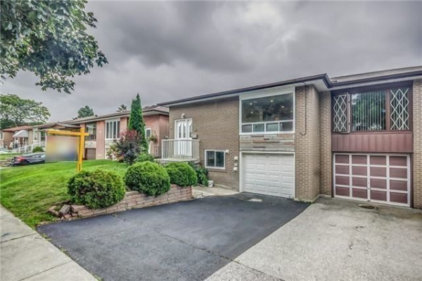 21 Earlthorpe Cres, Toronto