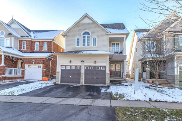 32 Dunstable Dr, Whitby