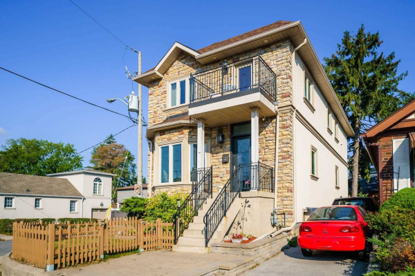 504 Cosburn Ave, Toronto