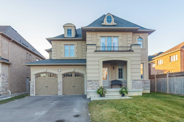 896 Pike Crt, Pickering