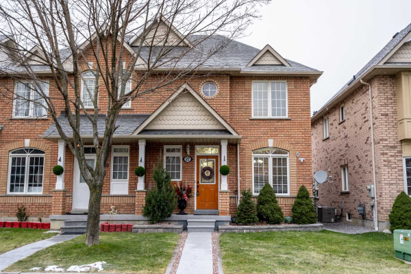 27 Salt Dr, Ajax