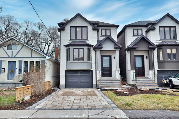 201 B Mcintosh St, Toronto