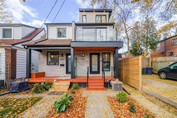 206 Hiawatha Rd, Toronto