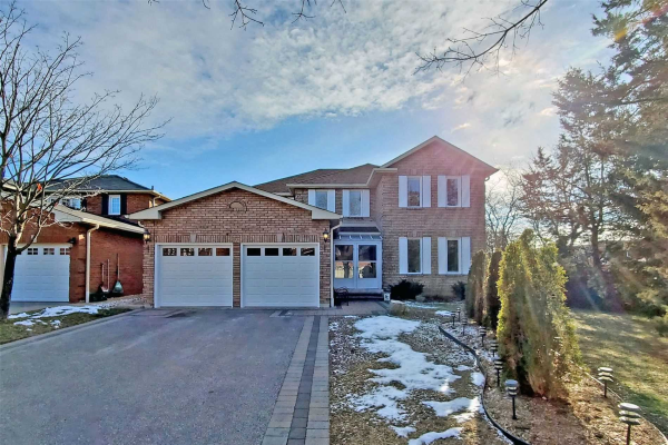 7 Meekings Dr, Ajax