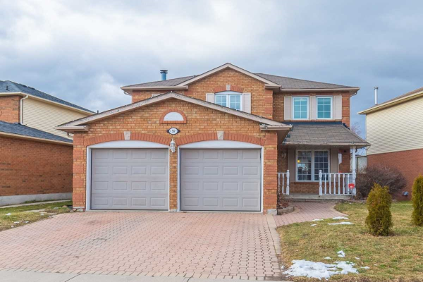 58 Bonnycastle Dr, Clarington
