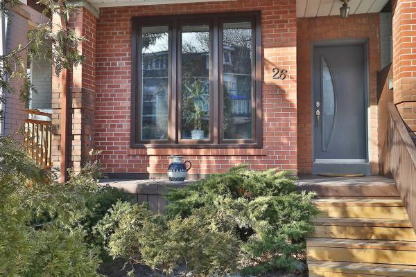 26 Mountnoel Ave, Toronto