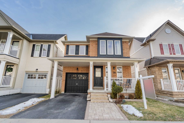 78 Donlevy Cres, Whitby