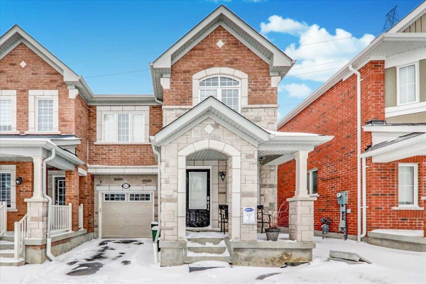1027 Cameo St N, Pickering