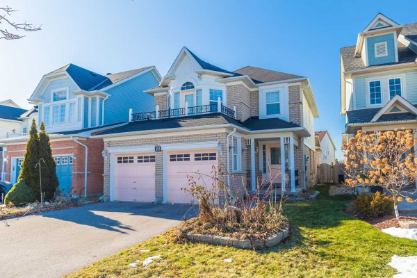 155 Willowbrook Dr, Whitby
