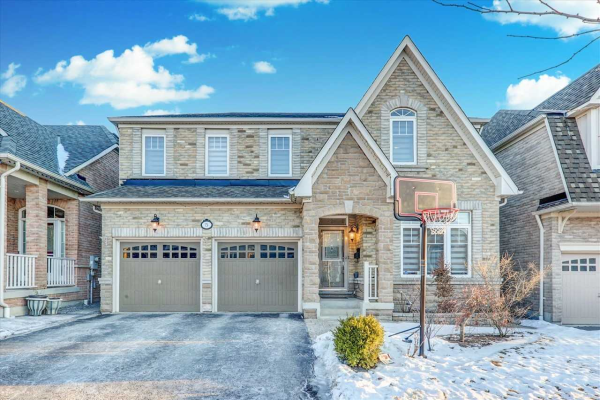 5 Slader Heights St, Ajax