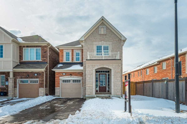 1087 Foxtail Cres, Pickering