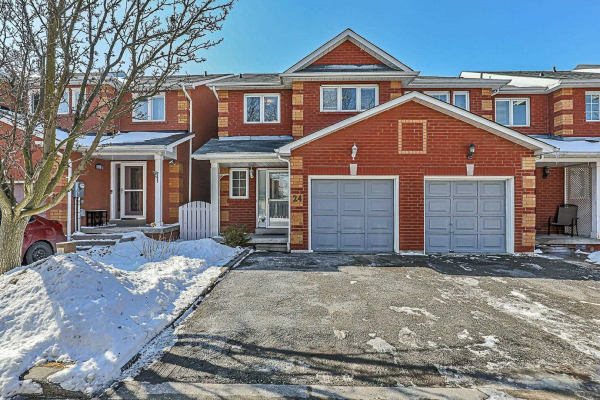 24 Arnold Estates Lane, Ajax