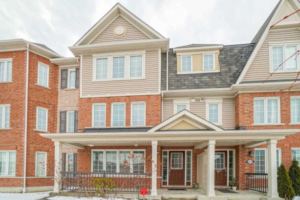2468 William Jackson Dr, Pickering