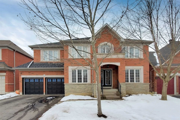 53 Weston Cres, Ajax