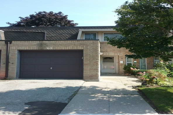 61 Deacon Lane, Ajax