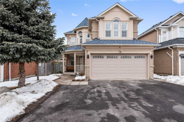 24 Woodlands Ave, Whitby