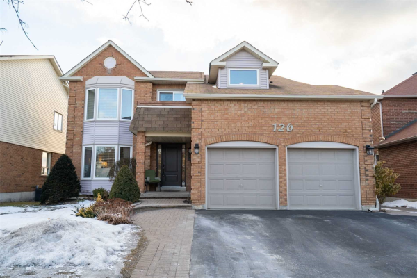 126 Robert Adams Dr, Clarington