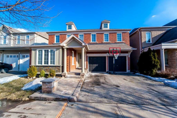 31 Haskell Ave, Ajax