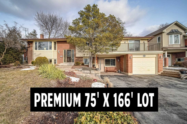 67 Meadow Cres, Whitby