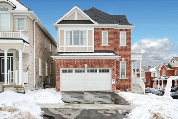 2713 Sapphire Dr, Pickering