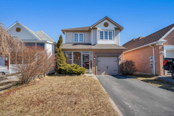 15 Fletcher Ave, Ajax