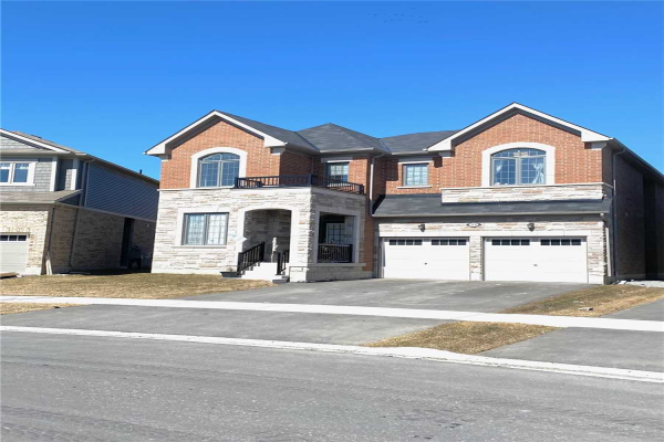 53 Westfield Dr, Whitby