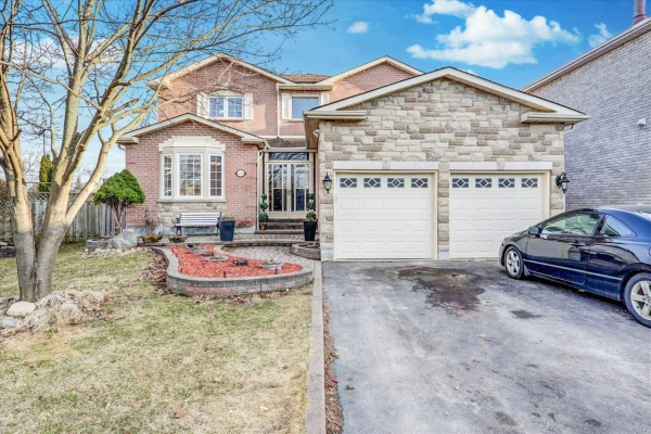 546 Laurier Cres, Pickering