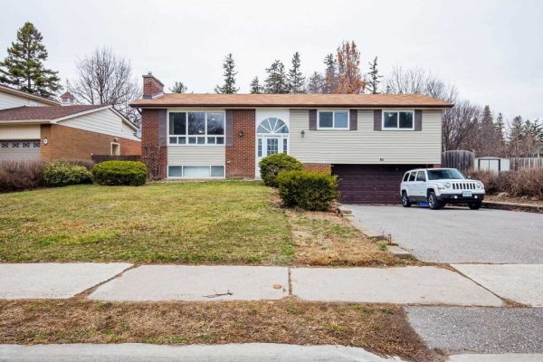 86 Lincoln St, Ajax