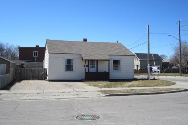 344 Drew St, Oshawa