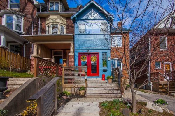 75 Spruce Hill Rd, Toronto