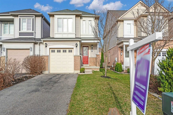 59 Longueuil Pl, Whitby