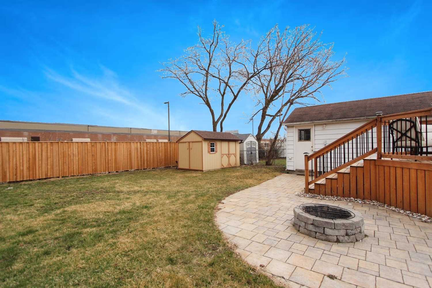 Listing E5183986 - Thumbmnail Photo # 34