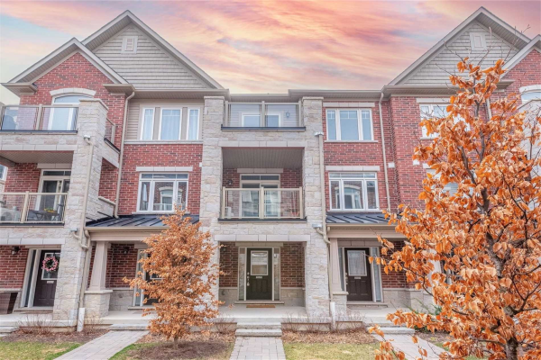 2625 Garrison Crossing, Pickering
