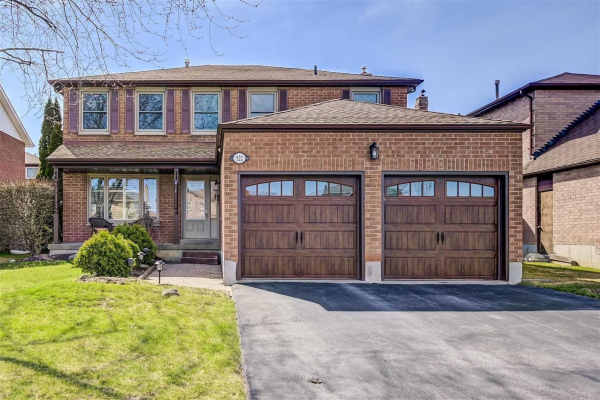 522 Gardenview Sq, Pickering