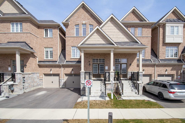 2337 Usman Rd, Pickering