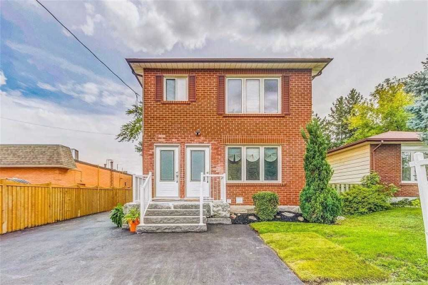 107 Starr Ave, Whitby