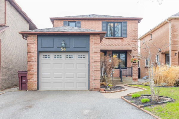 54 Carnelly Cres, Ajax