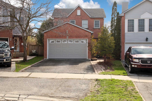 1238 Engel Crt, Pickering