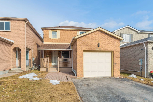 1531 Beechlawn Dr, Pickering
