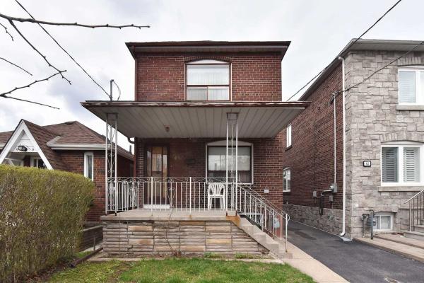 60 Cadorna Ave, Toronto