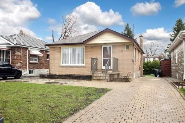 13 Bardwell Cres